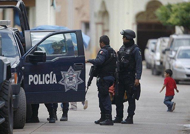 墨西哥警方