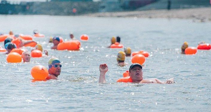 俄中国际游泳友谊赛