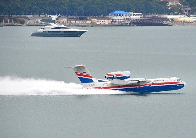 别-200(Be-200)水陆两用飞机