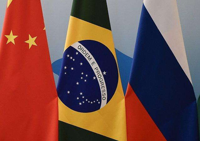 俄罗斯与巴西经济今年有望走出衰退