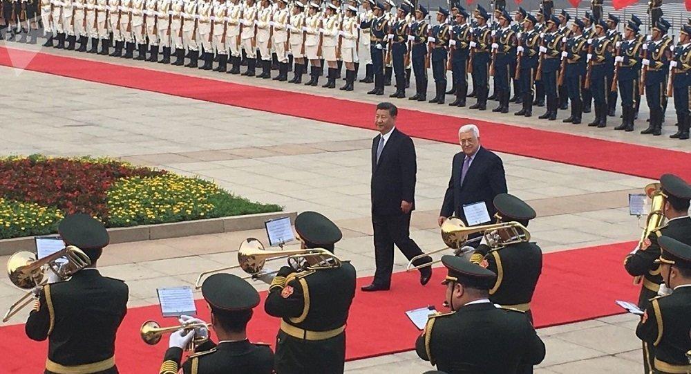 中国与巴勒斯坦签署多项合作文件 涉及经济文化等多领域
