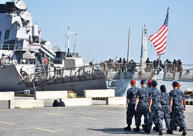 """乌美""""海上微风""""联合 军演积极阶段在乌克兰展开"""