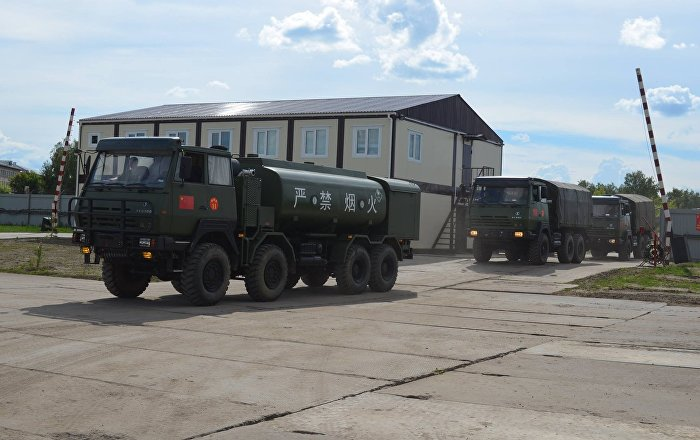 """中国人民解放军军事装备抵达俄罗斯参加""""军队-2017""""军事竞赛"""