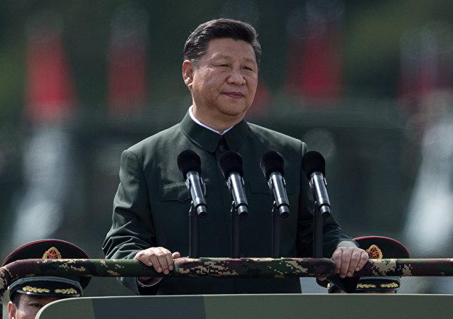 华媒:习近平南中国海海域进行建国以来规模最大海上阅兵并发表讲话
