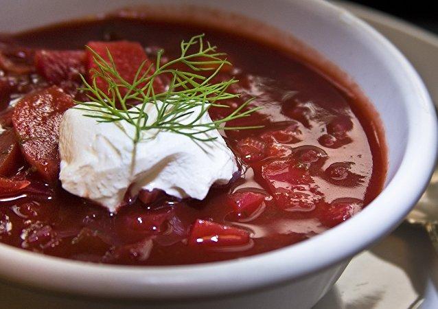 国际空间站宇航员将烹制俄红菜汤和饺子