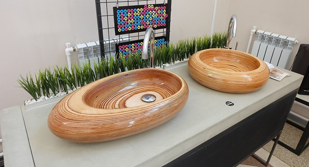 莫斯科举行工业设计节 木制洁具受追捧