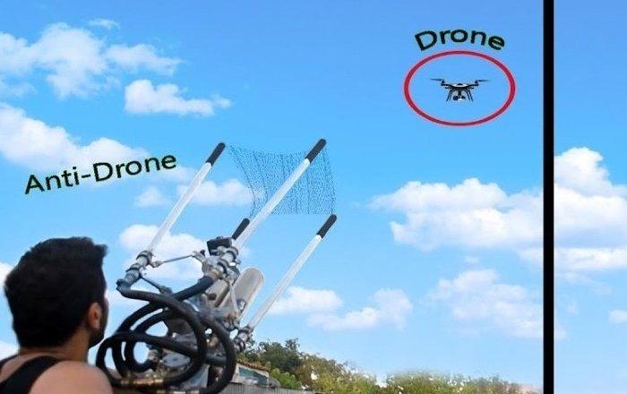 視頻博主自制無人機捕獲器
