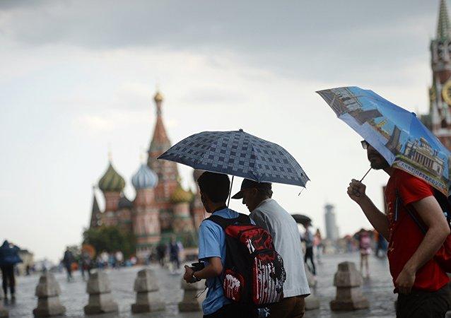 2017年莫斯科和圣彼得堡接待逾40万中国游客