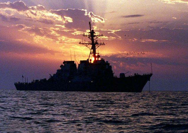 美国海军舰艇在波斯湾