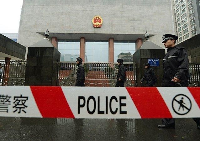 中国警方调查 14岁少年在四川成都封闭俱乐部接受格斗培训事件