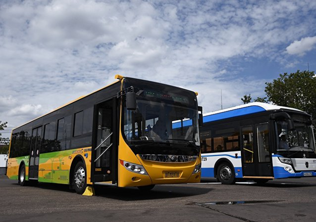 Электробусы китайского производства Yutong на презентации в Москве