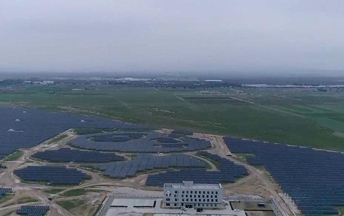 中國建造一座熊貓外形「綠色」光伏電站