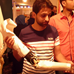 視頻:敘利亞大學生發明瞭價格不貴的仿生手