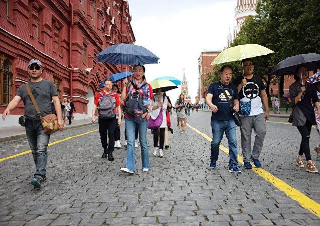 莫斯科和圣彼得堡2017年接待的免签入境中国游客同比增加32%