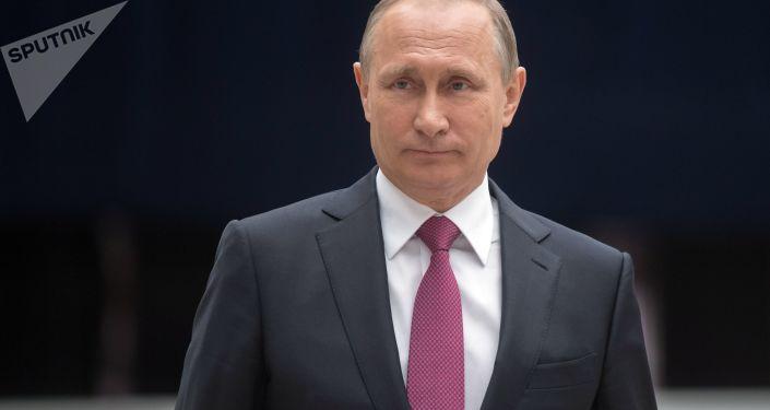 普京致電祝賀德國統一日 強調應進一步發展俄德關係