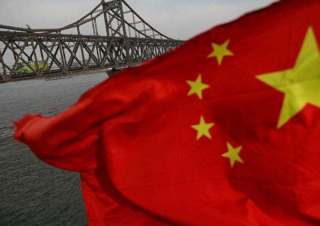 """习近平:中国共产党将继续落实好""""十三五""""规划确定的任务"""
