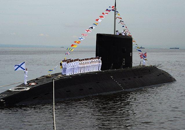 """636型""""瓦尔沙维扬卡""""(Varshavyanka,""""华沙女人"""")级柴电潜艇"""
