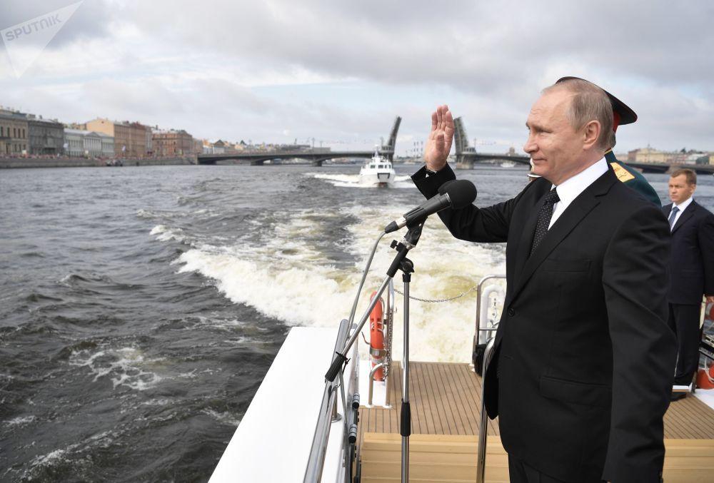 俄罗斯总统、总司令弗拉基米尔·普京
