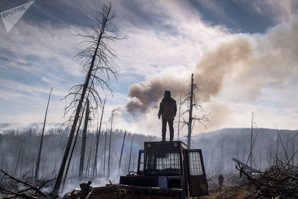 扑灭布里亚特共和国森林火灾