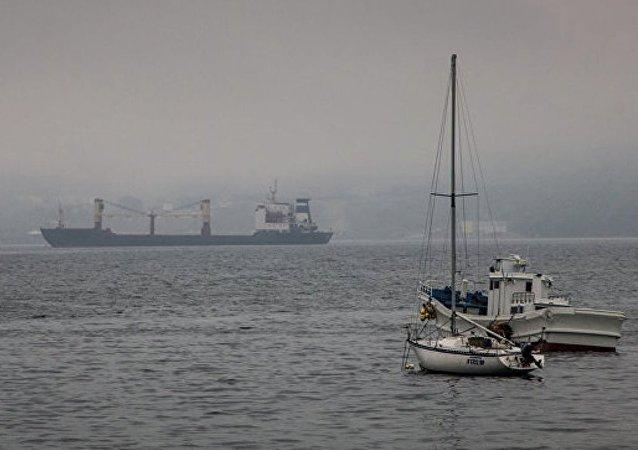 """俄""""希望""""号帆船经三大洋正从加里宁格勒返回符拉迪沃斯托克"""