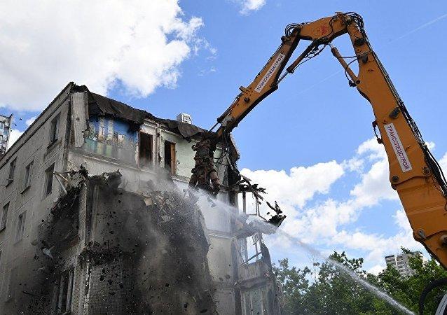 莫斯科住房改造项目获批 逾5千幢房屋将被拆除
