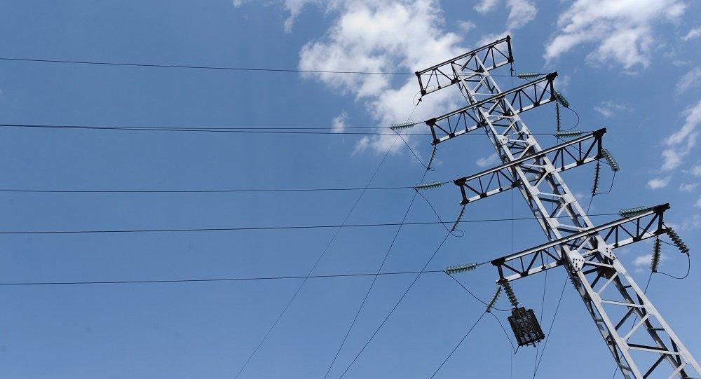 """"""" 他表示,堪察加半岛和库页岛,以及科雷马的输电网是单独的,所以没有"""