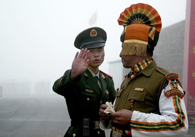 中国外交部:印方在中印边界问题上所作所为自相矛盾