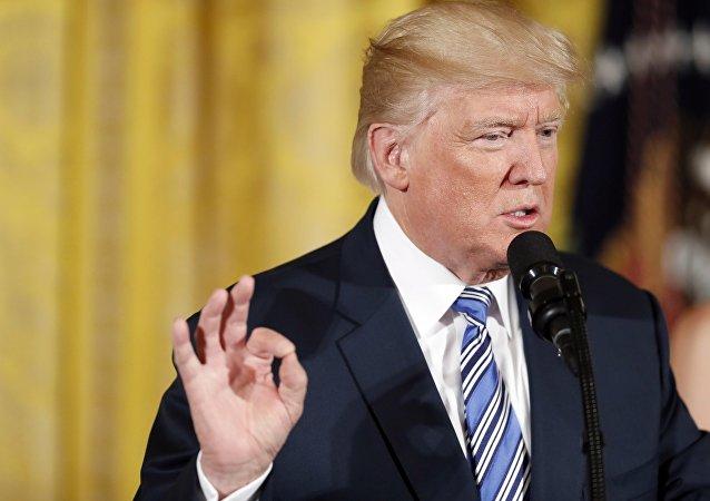 特朗普请求国会补充拨款50亿美元用于对抗朝鲜的反导措施和南亚战略