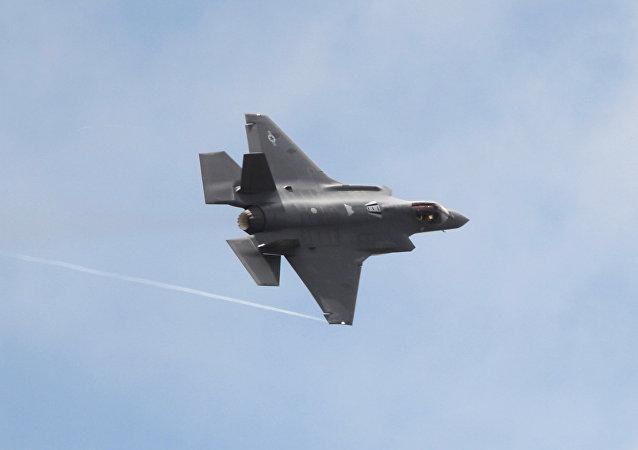 《国家利益》杂志称F-35存在严重漏洞