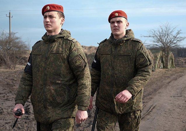俄武警将使用智能手环保障西方2017军演安全