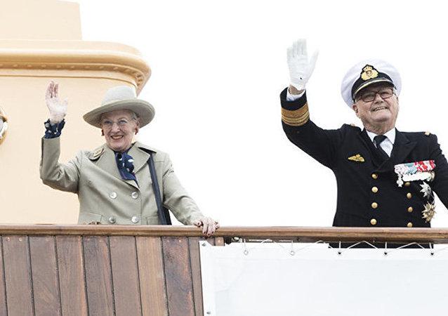 媒體:丹麥女王的丈夫亨里克親王不想葬在妻子身邊