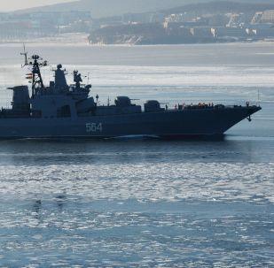 俄中联合军演第二阶段在远东举行两国海军保护海上交通