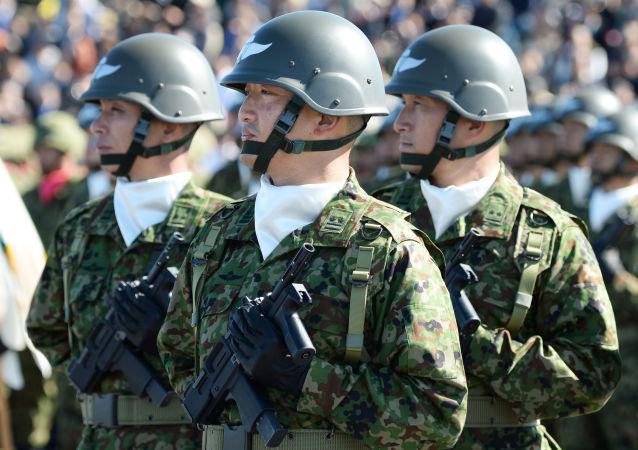 媒体:日本防卫省审议用进攻行武器装备军队