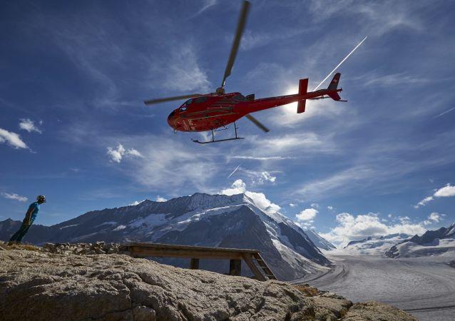 媒体:两名德国登山爱好者攀登勃朗峰时遇难