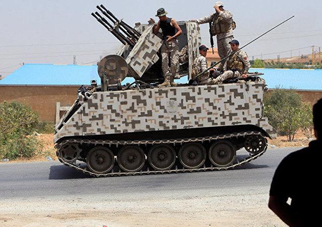 """消息人士:黎巴嫩军队正为在黎叙边境打击""""伊斯兰国""""备战"""