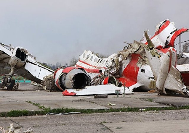 波兰调查员:爆炸可能是波兰总统2010年失事专机机翼损毁的原因