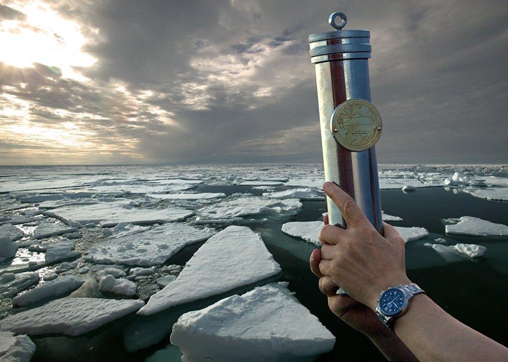 2007年8月,人类首次抵达北冰洋北极海底。