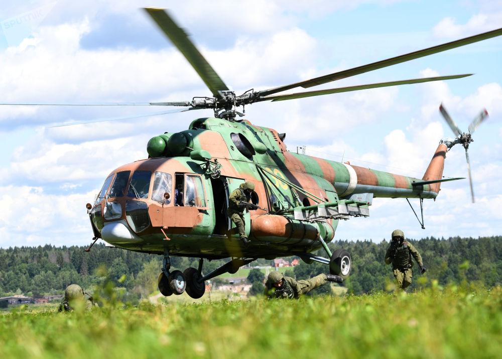 空军日来临之际的俄罗斯航空兵