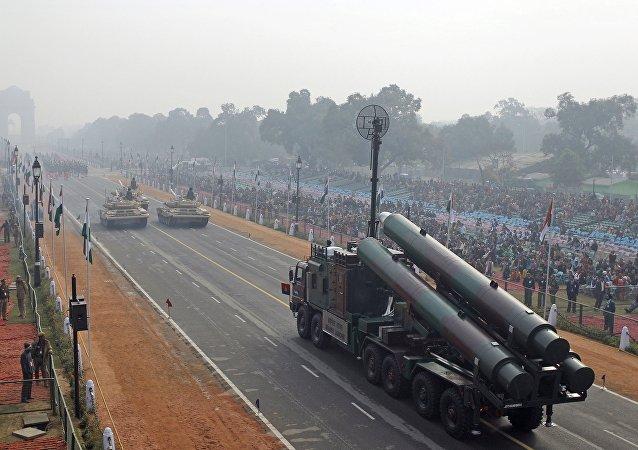 印度国家安全顾问:该国将通过技术转让实现本国军事设备自给自足