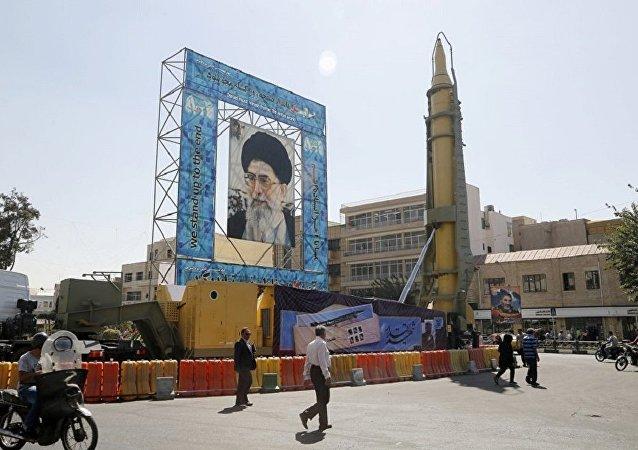 俄外长:伊朗导弹计划的预算是该国自身事务