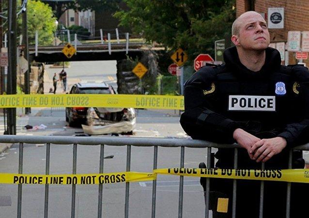 美国夏洛茨维尔市发生排外和暴力事件  联合国对此表示谴责