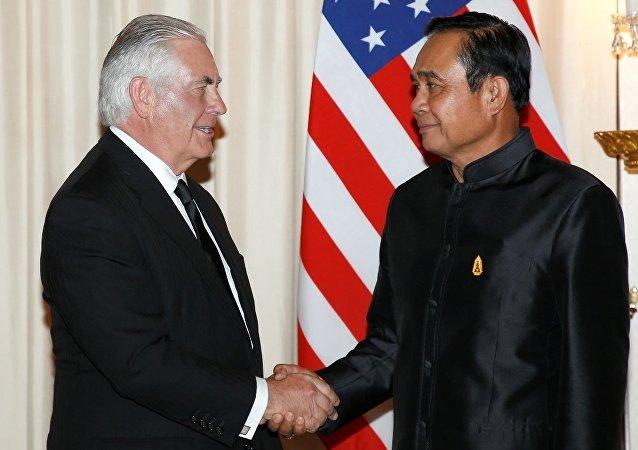 泰国总理与蒂勒森