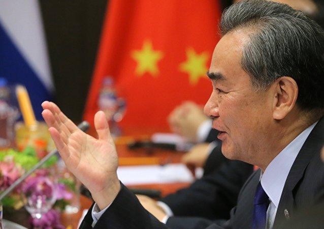 中国外长:中俄在半岛核问题上提出的路线图现实可行