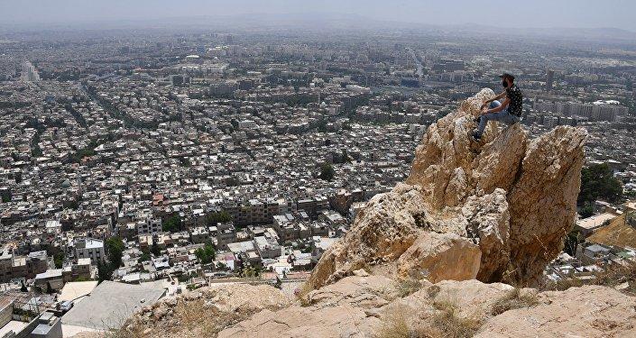 消息人士:武装分子炮击大马士革古城致2人死亡