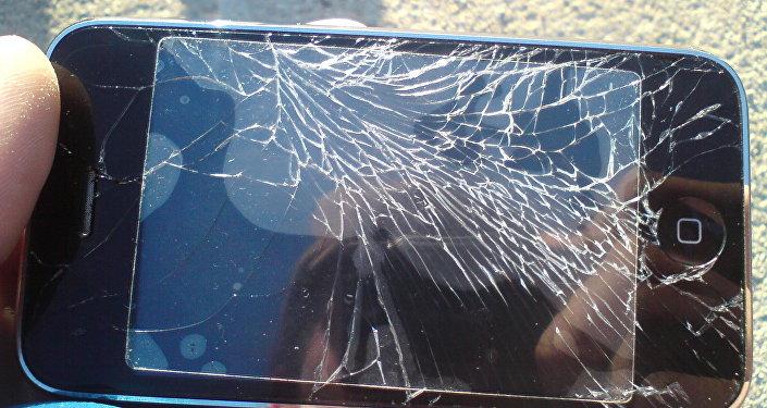 能自我维修的手机已被发明出来