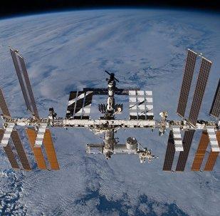 俄飞行控制中心:国际空间站宇航员将15次迎来2018新年