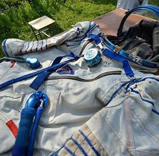 俄癌症病人所繪制航天服夏季末將被發往美國NASA總部