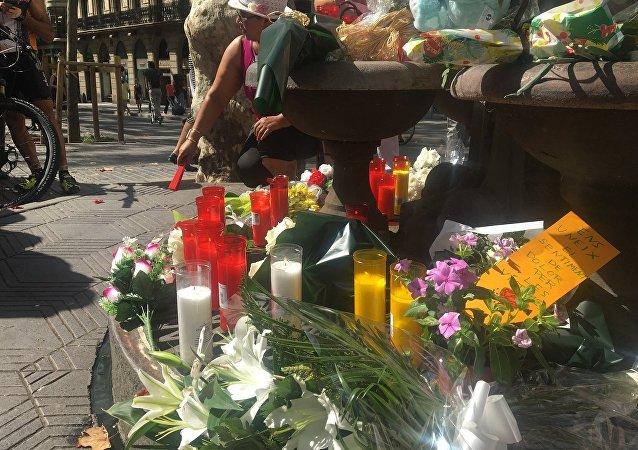 西班牙全国默哀一分钟悼念恐袭遇难者