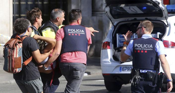 西班牙警方:在苏维拉特斯被击毙的男子曾在巴塞罗那实施恐袭