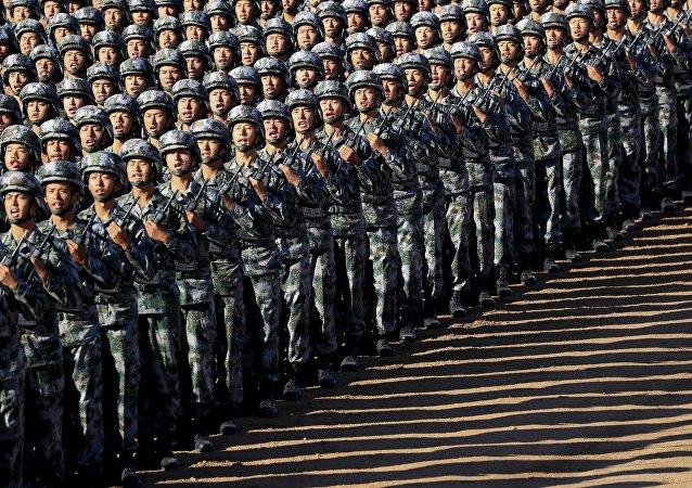 中国跻身全球军力排行榜前三名